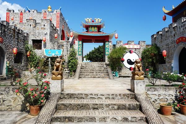chinese yunnan village, chinese yunnan cultural village, santichon village