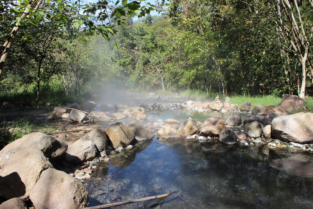 tha pai hot spring, pong nam ron thapai, attractions in mae hong son, attractions in pai, sights in mae hong son