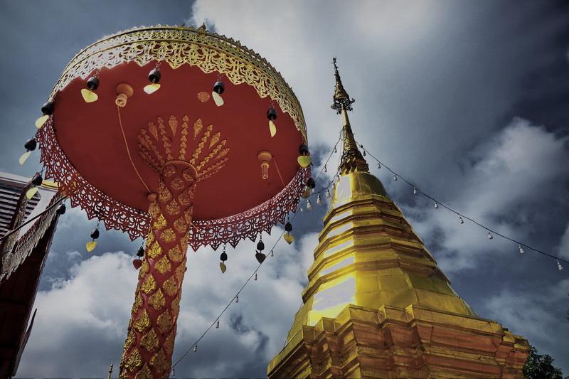 wat phra that doi kham, wat phrathat doi kham, phrathat doi kham temple, phra that doi kham temple