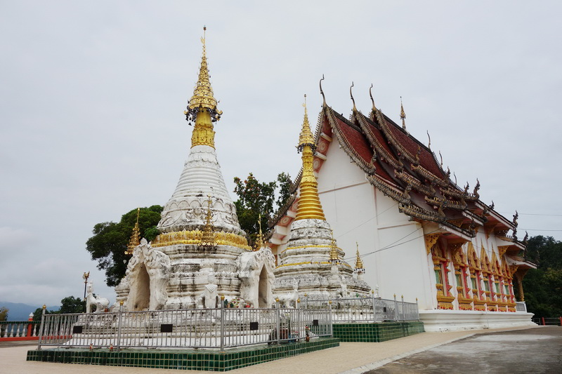 wat phrathat chom chaeng, wat phra that chom chaeng, phrathat chom chaeng temple, phra that chom chaeng temple, wat phrathat chom chaeng in mae hong son, wat phra that chom chaeng in mae hong son, phra that chom chaeng temple in mae hong son, phrathat chom chaeng temple in mae hong son