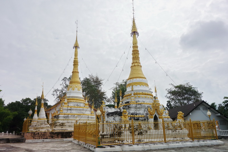wat phrathat chom tong, wat phra that chom tong, phrathat chom tong temple, phra that chom tong temple, wat phrathat chom tong in mae hong son, wat phra that chom tong in mae hong son, phra that chom tong temple in mae hong son, phrathat chom tong temple in mae hong son