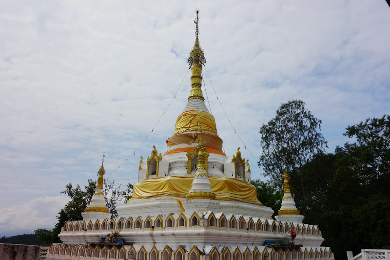 wat phrathat chom kitti, wat phra that chom kitti, wat phrathat chom kitti in mae hong son, wat phra that chom kitti in mae hong son, phra that chom kitti temple, phrathat chom kitti temple, phrathat chom kitti temple in mae hong son, phra that chom kitti temple in mae hong son