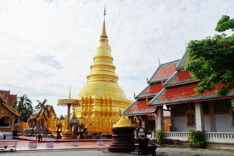 wat phrathat hariphunchai, phrathat hariphunchai temple, phra that hariphunchai, wat phra that hariphunchai, phra that hariphunchai temple