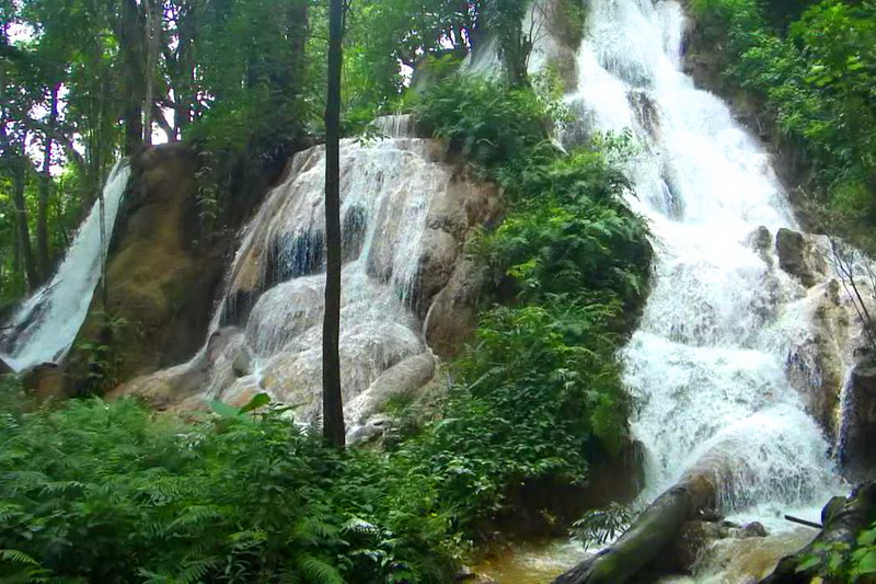 huai rong waterfall