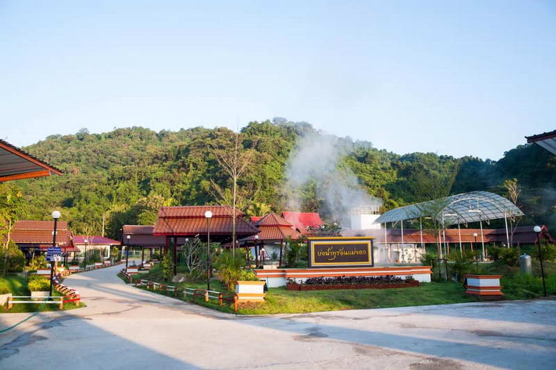 attractions in the north of thailand, attractions in phrae, phrae attractions, mae chok hot spring, mae chok hot springs, mae chok hot spring in phrae, mae chok hot spring in phrae province