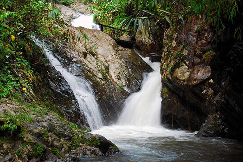 tat mok waterfall, tat mok waterfall in phrae, tad mok waterfall, tad mok waterfall in phrae