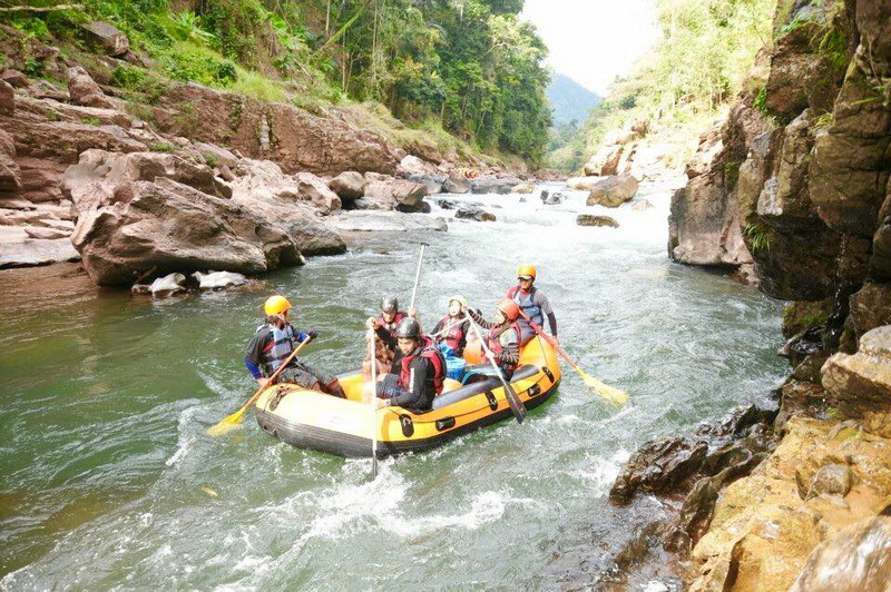 sights in nan, Rubber Boat Rafting at Nam Wa River, mae charim national park