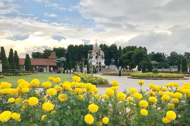 Pho Khun Ngam Muang Monument, attractions in phayao, phayao attractions